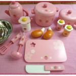 ままごとキッチンをクリスマスや誕生日プレゼントに!IKEA?マザーガーデン?